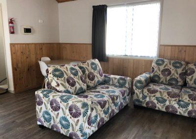 Cabin 9 Lounge area