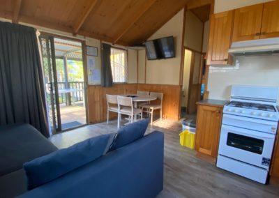 Lillipilli Cabin 12 – Sleeps 6